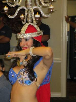 What the Difference is For a Bellydancer When Performing For a Birthday Party or Wedding in Orlando, FL